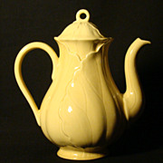 Metlox Poppytrails Lotus Canary Yellow Coffee Pot