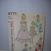 Simplicity Vintage Ideal Tammy & Pepper Sister Wardrobes Doll Pattern
