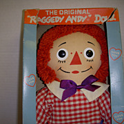Raggedy Andy MIB with Tag Knickerbocker !
