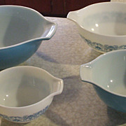 Vintage Pyrex Horizon Blue Cinderella Bowl Set