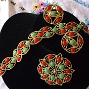 Vintage 1969 Sarah Coventry Acapulco Demi Parure Green Coral-Rust Colors