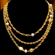 Vintage Accessocraft NYC Opaline & Goldtone Flapper Length Necklace