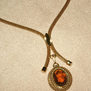 1979 Sarah Coventry Necklace Mesh & Amber Glass Festive