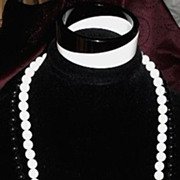 Great Vintage Black & White Bead Modernist Necklace Bangle Bracelet Set