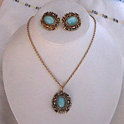 Vintage 1971 Czarina Blue Rhinestone Faux Moonstone Goldtone Sarah Coventry Demi Parure