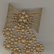 Miriam Haskell type Bow with Pendants Brooch Circa 1940s.