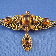 Vintage Beautiful Costume Jewelry Bar Pin Original by Robert