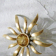 SALE 14K Gold Sunburst Brooch w' 6 carat round Citrine gemstone