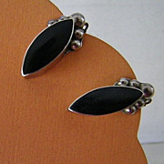 SALE Vintage Taxco Mexican Silver & Onyx Earrings