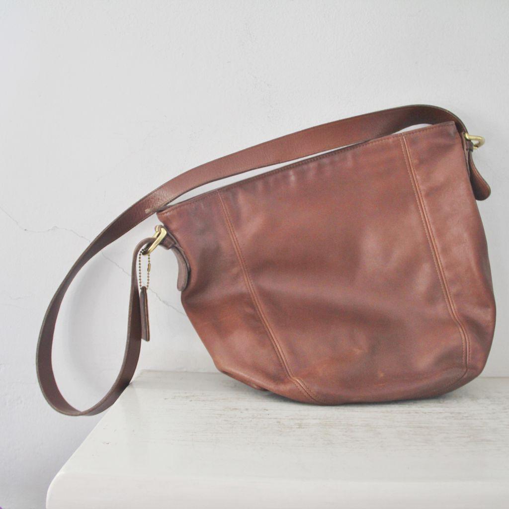 Vintage Coach Brown Leather Shoulder Bag 34