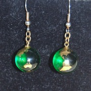 SALE 1960s Green Glass Earth Dangle Earrings