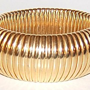 SALE Chunky Goldtone Ribbed Expansion Bracelet ~ Signed