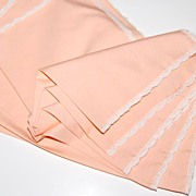 SALE Vintage Peach & Lace Dinner Napkins ~ Set of 5
