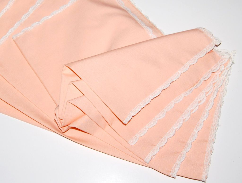 Vintage Peach & Lace Dinner Napkins ~ Set of 5