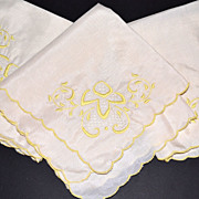 SALE Set of 3 Yellow Embroidery & Lace Dinner Napkins