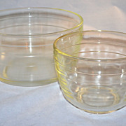 SALE Pyrex for Westinghouse ~ Set of 2 Glass Mixing Bowls