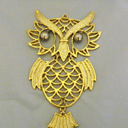 Vintage Almost Twin Owls With Movable Parts Pendants