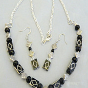 Black Diamond Shape Beads and Silver Plated Chain Necklace Set