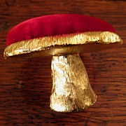 SALE Vintage Gilt Metal Mushroom Pin Cushion