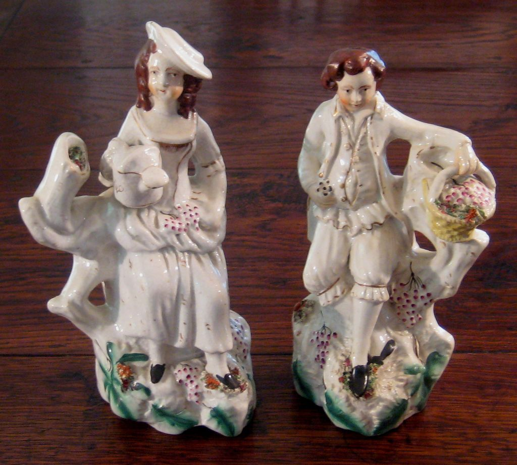 Charming 19th Century Pair Of Staffordshire Figures, Circa 1870