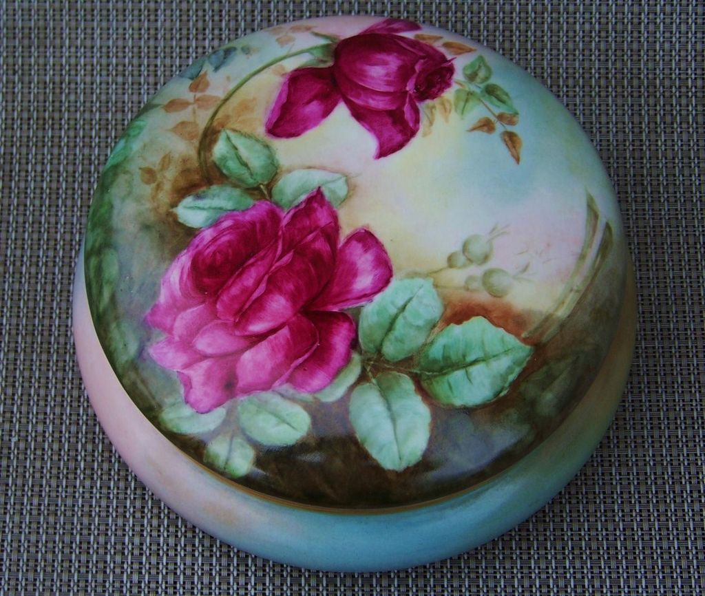 "Beautiful Vintage Limoges France 1903 Hand Painted ""Deep Red Roses"" 7-1/4"" Dresser Box by the Artist, ""F.W.P."""