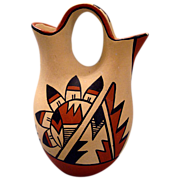 Yepa Jemez signed  American  Indian pottery Wedding Vase