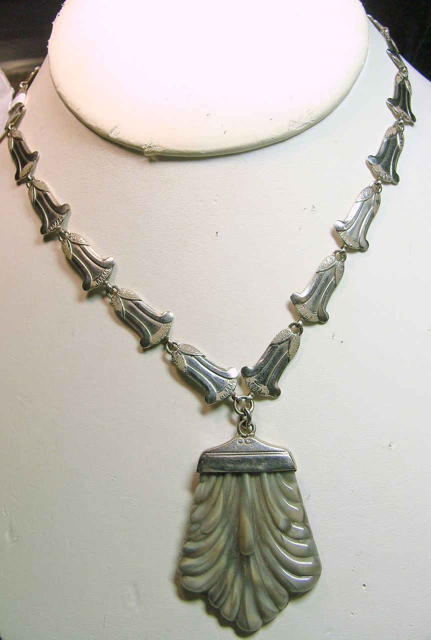 Vintage Czech Deco Glass Pendant on Bell Shape Links