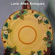 Sarreguemines French Majolica Strawberry Plate Unusual Butter Color