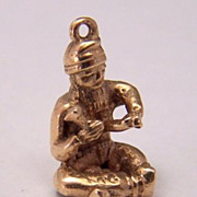 9K Gold Vintage Charm ~ Seated Chinese Man Carving Stone