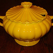 California Pottery Soup Tureen CALIF USA C609
