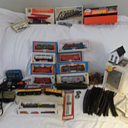 REDUCED HO Gauge Trains & Accessories Including 3 Engines & Lots More!!