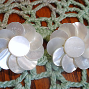 Vintage White Flower Mother Of Pearl Clip Earrings
