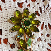 Stunning Vintage Green Rhinestone Flower Brooch