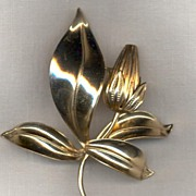 1940's Retro Leaf Pin
