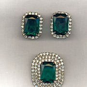 Faux Emerald and Rhinestone Demi