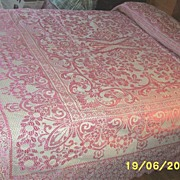 Vintage..Full Sized Pink Jacquard..Damask Bedspread With Scalloped Edges..Or Queen Coverlet
