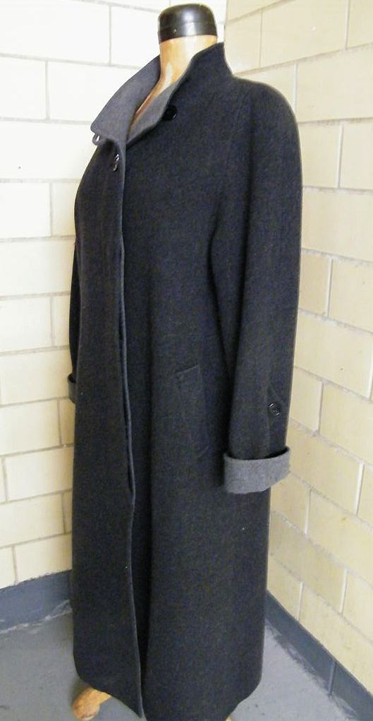 MAXI Donnybrook Coat In Dark Gray Wool With Medium Gray Accents..Size 12..Excellent Condition