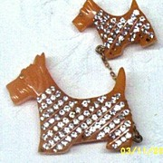 Bakelite  Pin Scotty Dogs On Chain With Rhinestones; Mother And Puppy