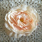 Vintage  Large  Peach  Rose