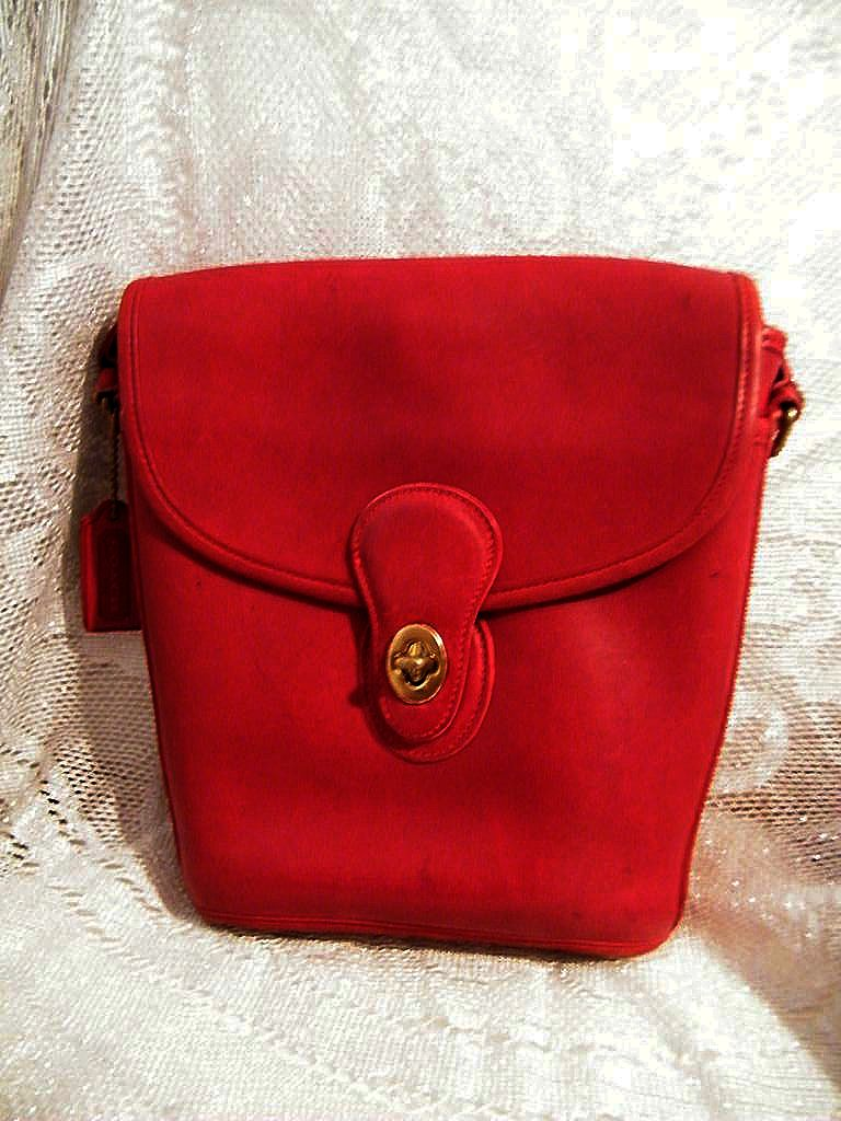 Coach..1994 Spectator Bucket Bag..#9936..DARK Red..Hard To Find..