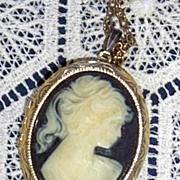 Vintage...CAMEO Locket Necklace On Gold Link Chain..Black Ground..NEW Condition