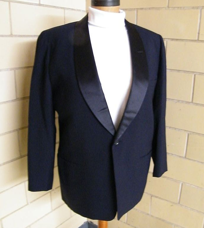 1960's-70's Navy Wool Sharkskin Tuxedo Jacket..Satin Shawl Collar..Roger Kent..Size 42
