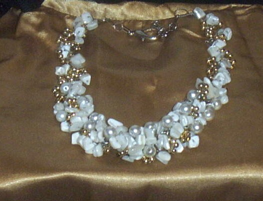 Item ID: NECKLACE-WIRE-MOP-PEARL-G-2314 In Shop's Backroom