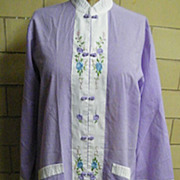 Chinese Lounge Robe By Jodi Arden..Hand Embroidered..Lavender / White Polyester Cotton..Size X