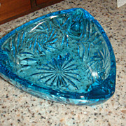 SALE Stunning Blue Pinwheel or Starburst Patterned Glass Triangular Ashtray Pretty Enough for