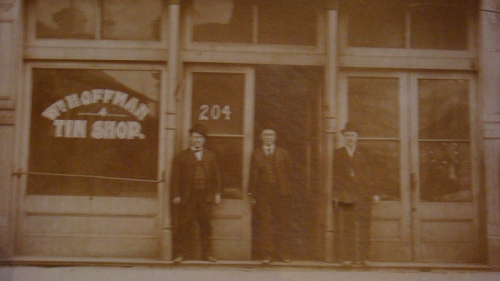 Paducah Ky Advertising Wm Hoffman Tin Shop Photograph Matted Card 3 From Loghomeantiques On