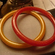 Pair of Plastic or Lucite Confetti Bangle Bracelets