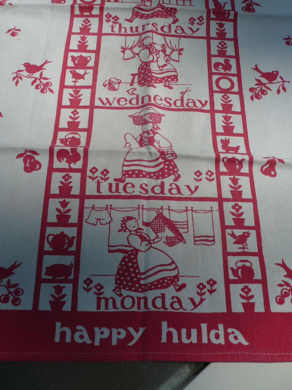 Vintage Cotton Happy Hulda  Towel