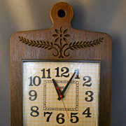 SALE PENDING VINTAGE 1950s TIMEX Electric Wall Clock, Nice