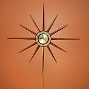 VINTAGE Robert Shaw Electric Starburst Brass Wall Clock, FABULOUS, Works GREAT, RETRO, Sunburs
